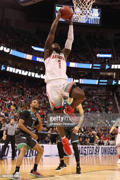 Rawle Alkins of the Arizona Wildcats dunks the ball against the North Dakota Fighting Sioux during the first round of the 2017 NCAA Men's Basketball...