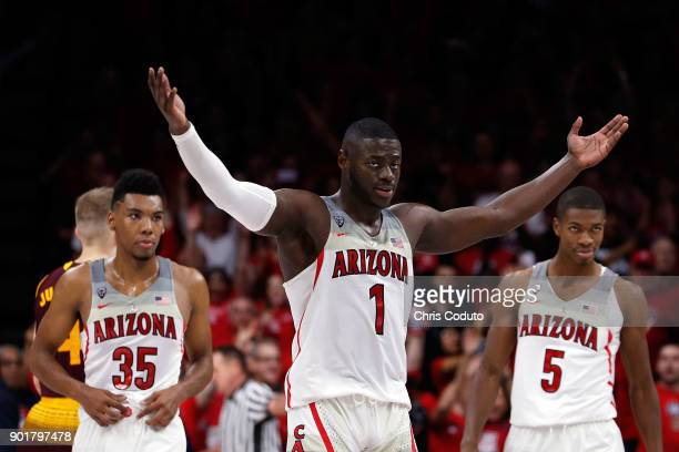 Rawle Alkins of the Arizona Wildcats reacts in the final seconds of the second half of the college basketball game against the Arizona State Sun...