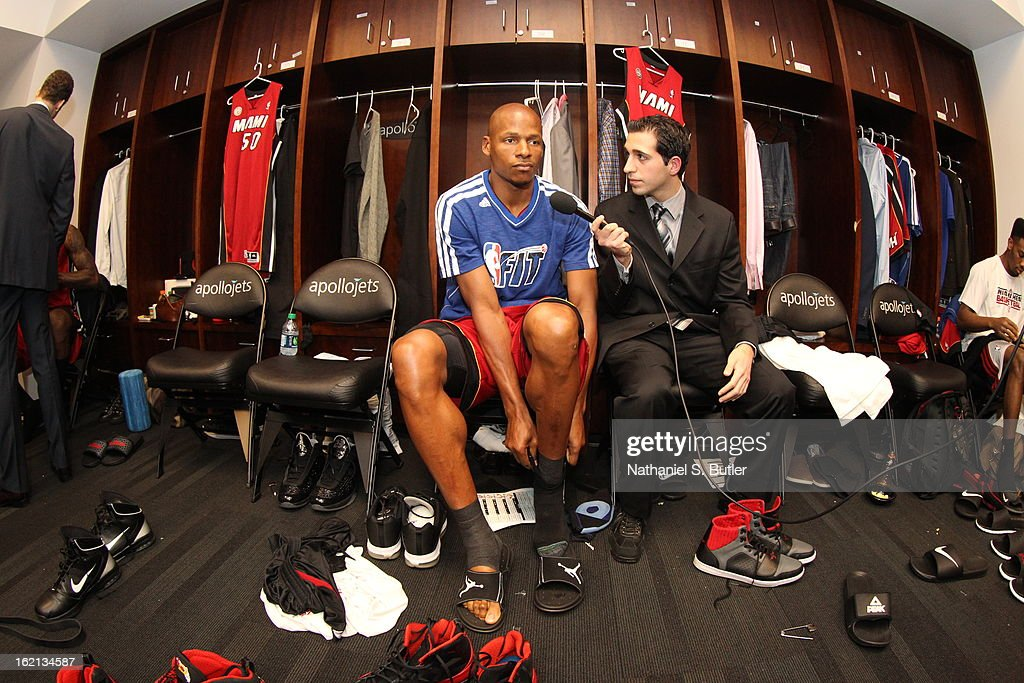 Ray Allen #34 of the Miami Heat gets ready before the game against the Brooklyn Nets on January 30, 2013 at the Barclays Center in the Brooklyn borough of New York City.