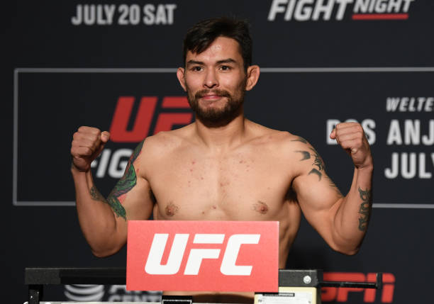 TX: UFC Fight Night Dos Anjos v Edwards: Weigh-Ins