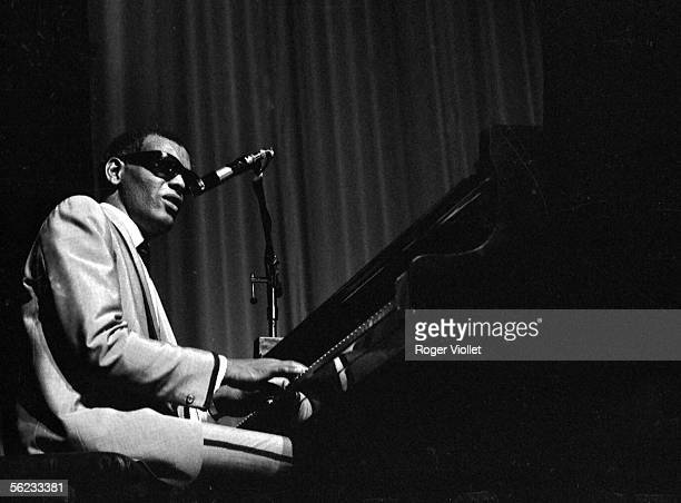 Ray Charles American musician in concert at the Olympia Paris 1964 HA194822