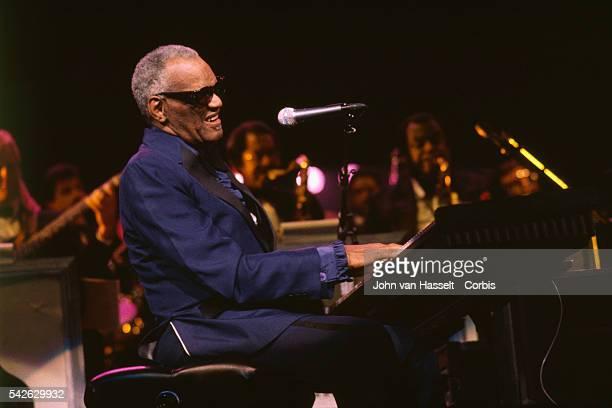Ray Charles Performs at the Palais des Congres