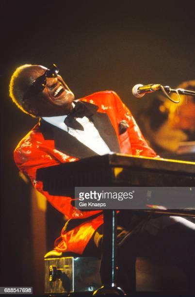 Ray Charles, Rhythm 'n' Blues Festival, Peer, Belgium, 07/1994.