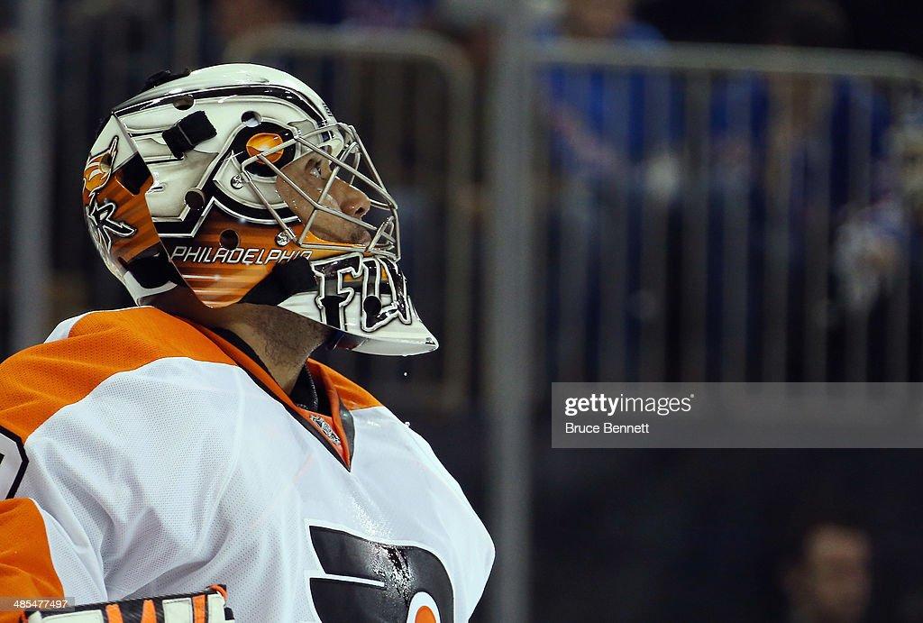 Philadelphia Flyers v New York Rangers - Game One : News Photo