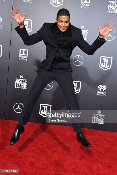 """Ray Fisher arrives at the Premiere Of Warner Bros. Pictures' """"Justice League"""" at Dolby Theatre on November 13, 2017 in Hollywood, California."""