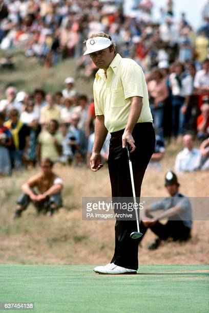 Ray Floyd wills the ball into the hole