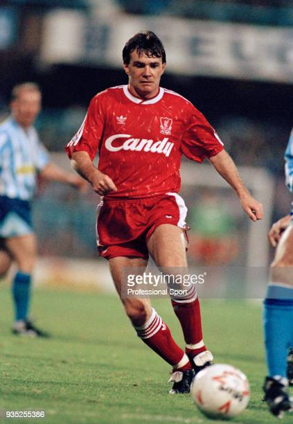 Ray Houghton of Liverpool in action during the Barclays League Division One match between Coventry City and Liverpool at Highfield Road on November...