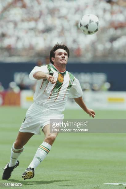 Ray Houghton of Republic of Ireland takes possession of the ball during play between Mexico and Republic of Ireland in the 1994 FIFA World Cup Group...