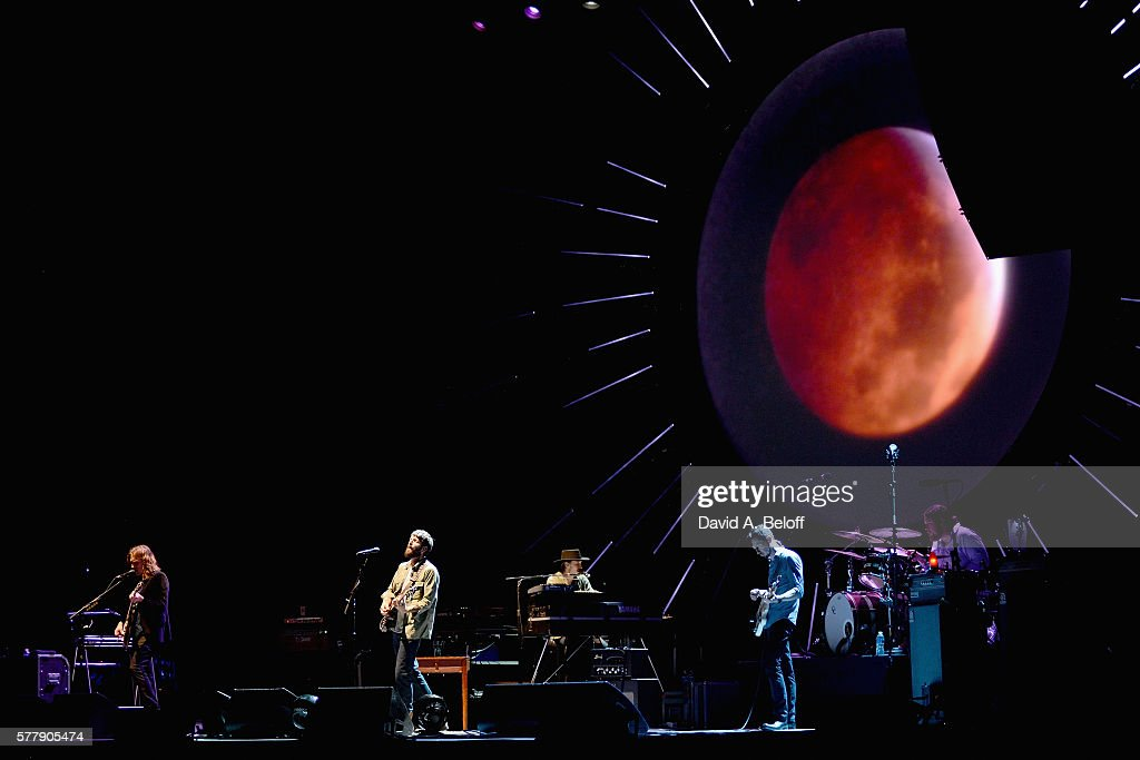 Ray LaMontagne & The Ouroboros In Concert - Portsmouth, VA