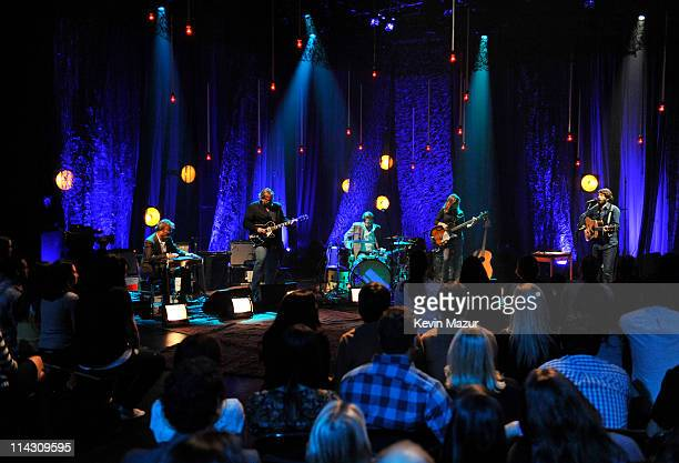 """Ray Lamontagne performs during """"VH1 Storytellers: Ray Lamontagne"""" at Metropolis Studios on May 12, 2011 in New York City. """"VH1 Storytellers: Ray..."""