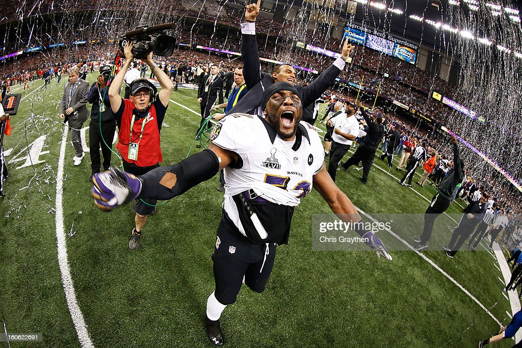 Ray Lewis #52 of the Baltimore Ravens celebrates after defeating the San Francisco 49ers during Super Bowl XLVII at the Mercedes-Benz Superdome on February 3, 2013 in New Orleans, Louisiana.