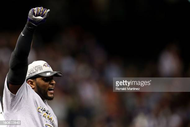Ray Lewis of the Baltimore Ravens celebrates after the Ravens won 3431 against the San Francisco 49ers during Super Bowl XLVII at the MercedesBenz...