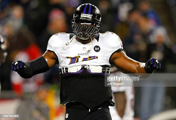 Ray Lewis of the Baltimore Ravens warms up prior to the 2013 AFC Championship game against the New England Patriots at Gillette Stadium on January 20...