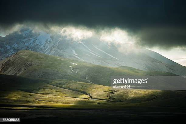 Ray light at plateau of campo imperatore abruzzo