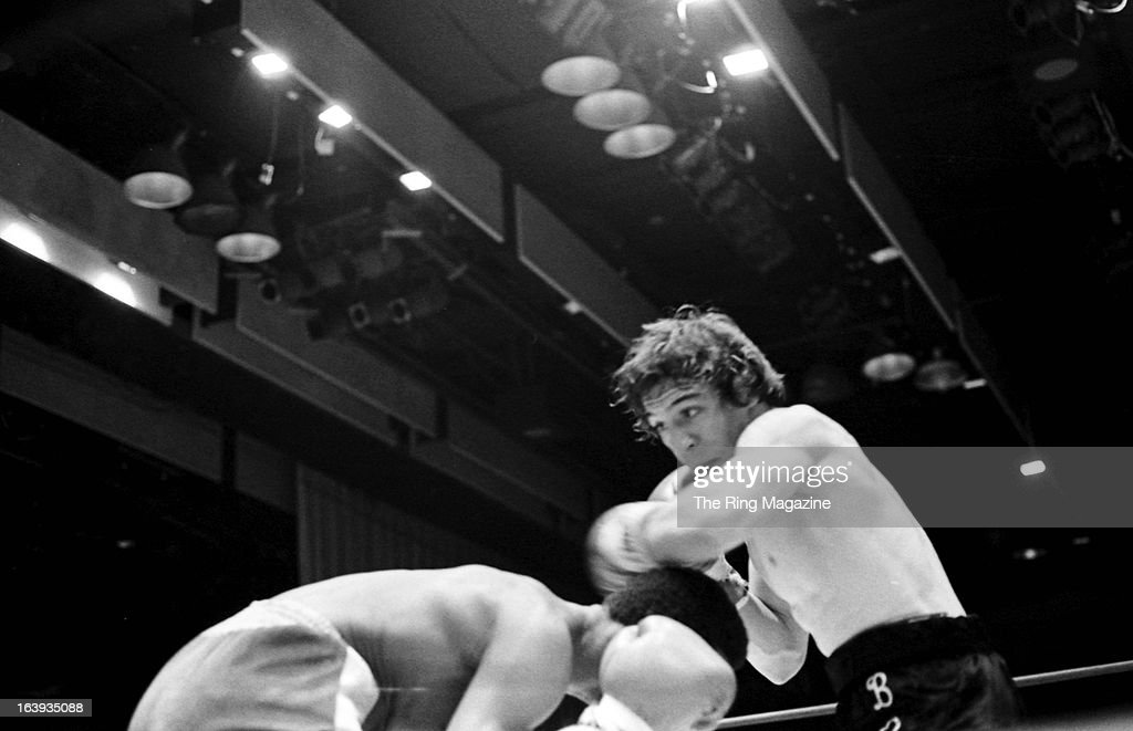 Ray Mancini  v  Norman Goins  : News Photo