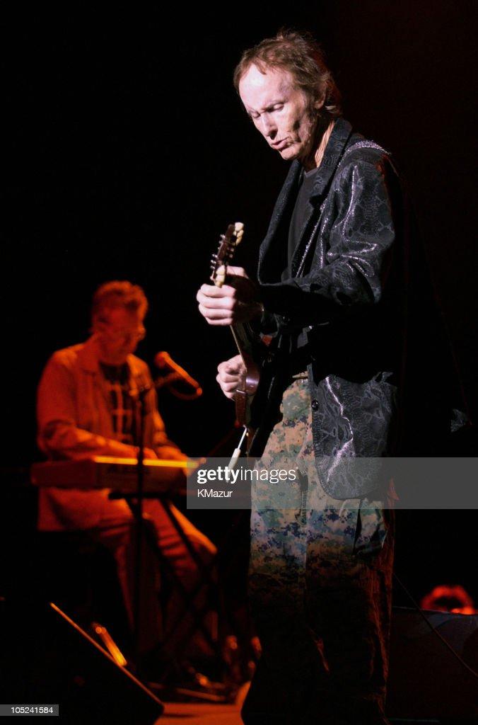 The Doors of the 21st Century in Concert at Jones Beach on August 24, 2003
