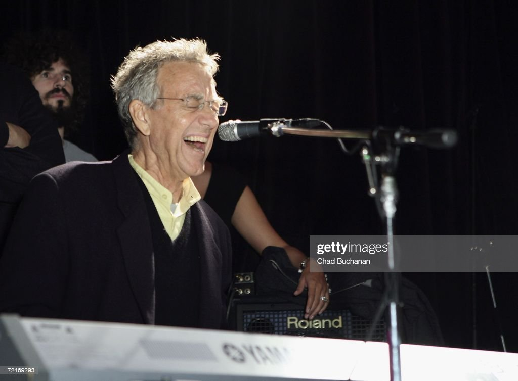 Ray Manzarek of The Doors performs in the u0027The Doors 40th Anniversary Celebrationu0027 at  sc 1 st  Getty Images & The Doors 40th Anniversary Celebration Photos and Images | Getty ... pezcame.com