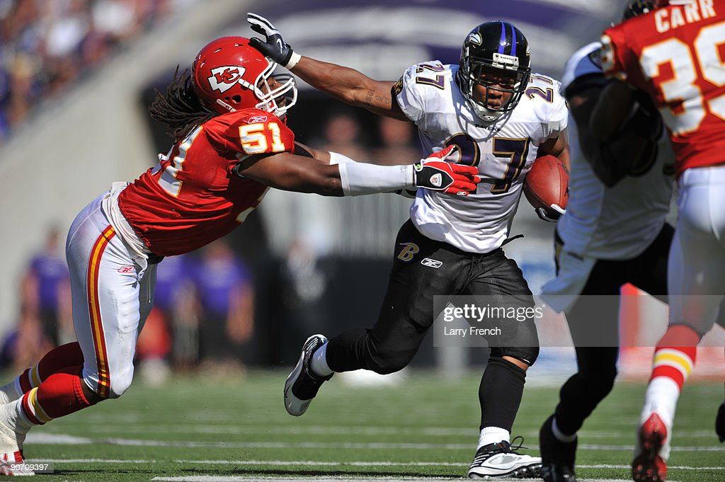 Ray Rice #27 of the Baltimore Ravens runs the ball against the Kansas City Chiefs at M&T Bank Stadium on September 13, 2009 in Baltimore, Maryland. The Ravens defeated the Chiefs 38-24.