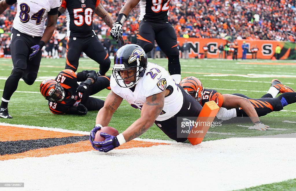 Ray Rice #27 of the Baltimore Ravens scores on a two point conversion during the NFL game against the Cincinnati Bengals at Paul Brown Stadium on December 29, 2013 in Cincinnati, Ohio.
