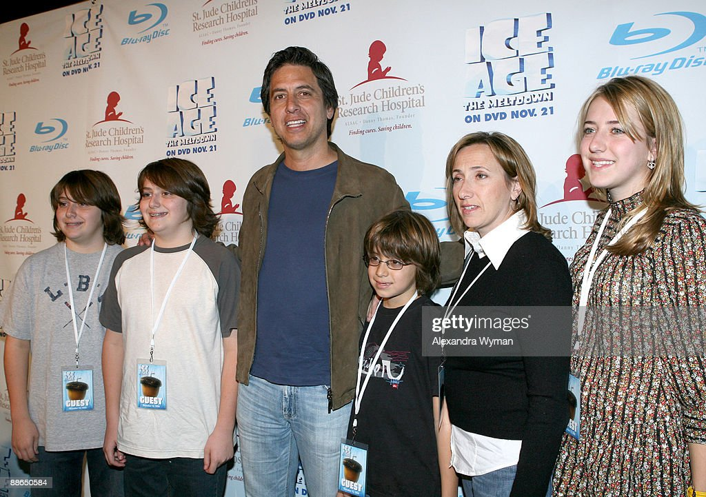 """""""Ice Age: The Meltdown"""" to Benefit St. Jude Children's Research Hospital : News Photo"""
