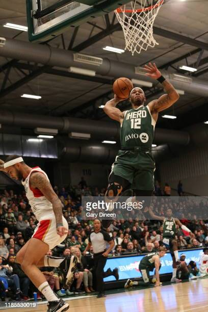 Rayjon Tucker of the Wisconsin Herd dunks against the Erie Bayhawks during an NBA GLeague game on November 29 2019 at Menominee Nation Arena in...