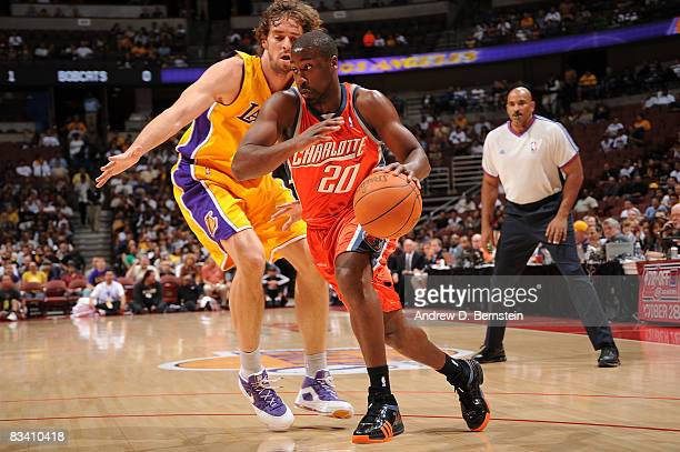 Raymond Felton of the Charlotte Bobcats drives to the basket against Pau Gasol of the Los Angeles Lakers October 23 2008 at Honda Center in Anaheim...