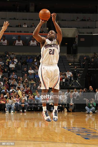 Raymond Felton of the Charlotte Bobcats shoots a jumshot against the Toronto Raptors on March 29 2010 at the Time Warner Cable Arena in Charlotte...