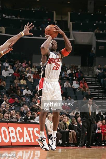 Raymond Felton of the Charlotte Bobcats shoots against the Atlanta Hawks at the Charlotte Coliseum on February 1 2006 in Charlotte North Carolina The...
