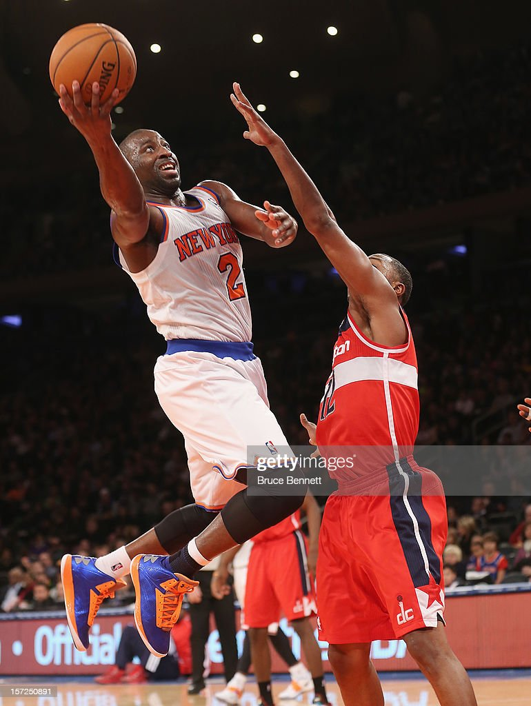 Raymond Felton #2 of the New York Knicks scores two points in the third quarter against the Washington Wizards at Madison Square Garden on November 30, 2012 in New York City.
