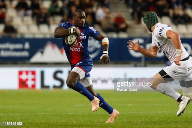 Raymond RHULE of Grenoble and Pedro BETTENCOURT of Oyonnax during the Pro D2 match between Grenoble and Oyonnax at Stade des Alpes on December 19,...