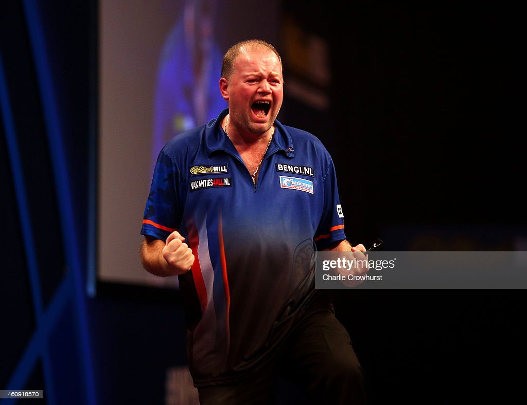 2015 William Hill PDC World Darts Championships - Day Ten