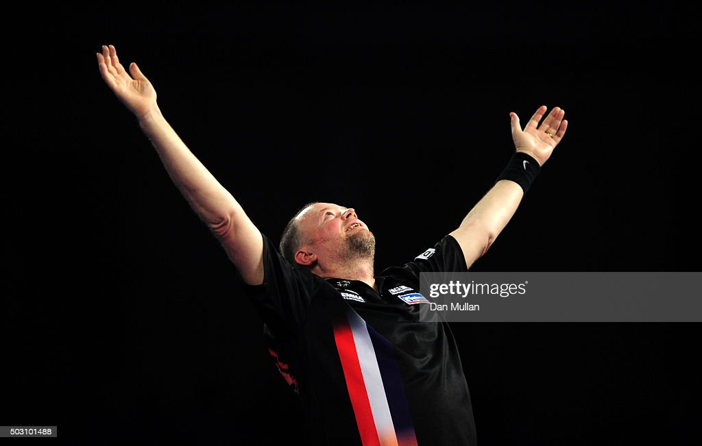 2016 William Hill PDC World Darts Championships - Day Thirteen
