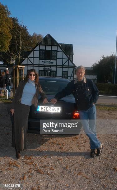 Rüdiger Joswig Ehefrau Claudia Wenzel Flitterwochen Urlaub Sierksdorf/SchleswigHolstein Hotel Seehof Ostsee Schauspieler Schauspielerin Frau Familie...