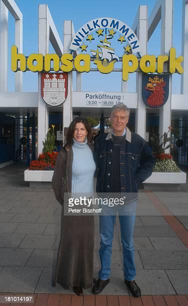 Rüdiger Joswig Ehefrau Claudia Wenzel Flitterwochen Urlaub hansa park Sierksdorf/SchleswigHolstein Deutschland Europa Ostsee Eingang Schauspieler...