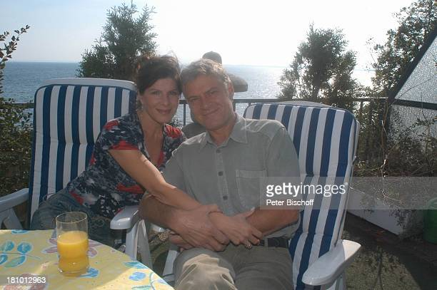 Rüdiger Joswig Ehefrau Claudia Wenzel Homestory Flitterwochen Sierksdorf/SchleswigHolstein PenthouseAppartement Balkon Ostsee Meer Urlaub Ehepaar...