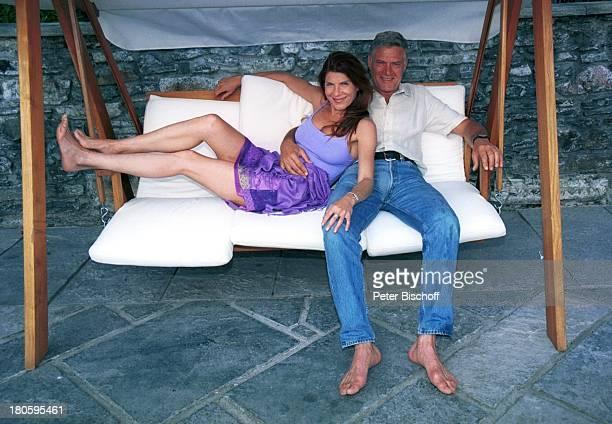 Rüdiger Jowig mit Lebensgefährtin Claudia Wenzel Urlaub Ortasee Italien Freundin HollywoodSchaukel
