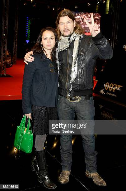 Rea Garvey and wife Josephine attend the Berlin premiere of 'Quantum Of Solace' on November 03 2008 in Berlin Germany
