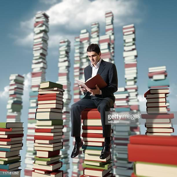 greifen sie wissen - literatur stock-fotos und bilder