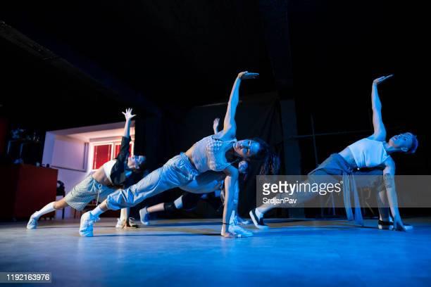 nå för drömmarna - dance troupe bildbanksfoton och bilder