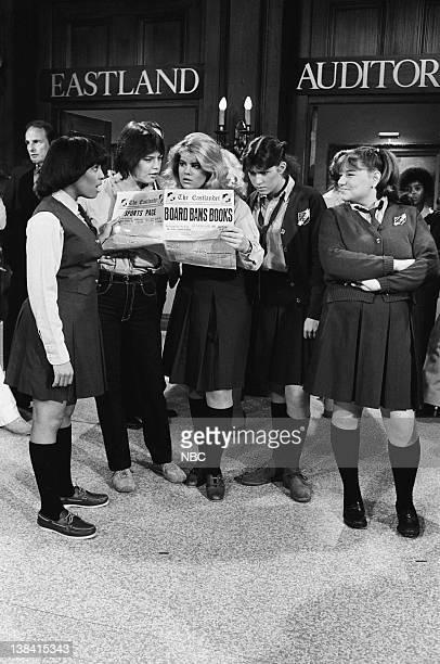 LIFE 'Read No Evil' Episode 24 Pictured Kim Fields as Dorothy 'Tootie' Ramsey Susan Davis as Betty Schuster Lisa Whelchel as Blair Warner Nancy...