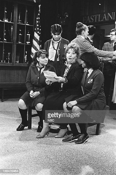 LIFE Read No Evil Episode 24 Pictured Mindy Cohn as Natalie Green Nancy McKeon as Joanne 'Jo' Polniaczek Charlotte Rae as Edna Garrett Kim Fields as...
