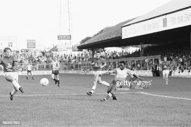 Reading 1-0 Bolton, league division three match at Elm Park, Saturday 5th October 1985, 11 league wins in a row. Steve Richardson.