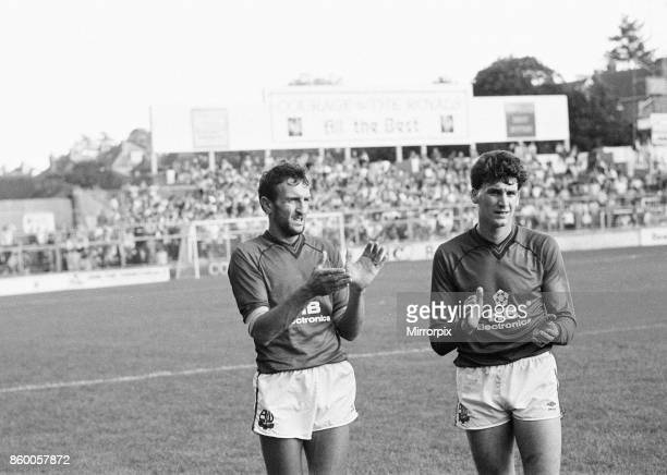 Reading 1-0 Bolton, league division three match at Elm Park, Saturday 5th October 1985, 11 league wins in a row. Bolton players congratulate Reading...