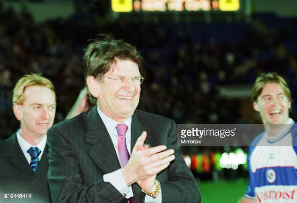 Reading 2-1 Wigan Athletic, League Division 2, Play off semi final, 2nd leg, Madejski Stadium, Wednesday 16th May 2001. Reading win 2-1 on aggregate....