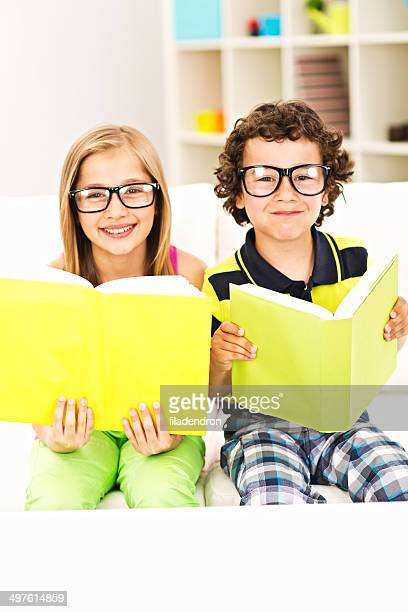 Lesen Sie ein Buch wie zu Hause fühlen