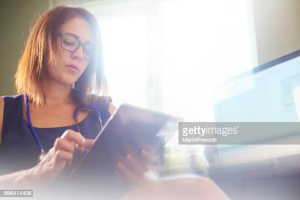 Reading patient report on digital tablet