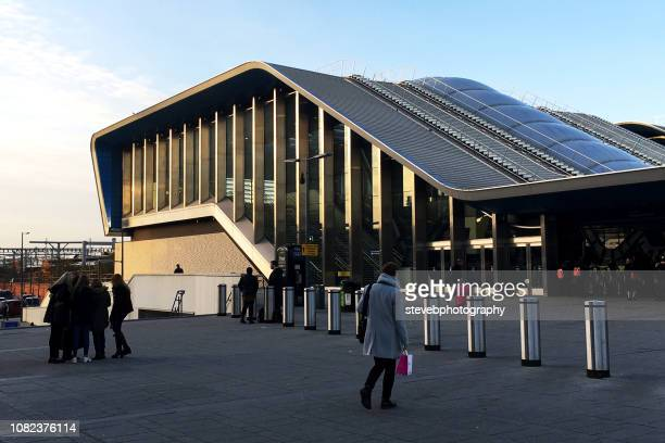 reading station forecourt - stevebphotography stock pictures, royalty-free photos & images