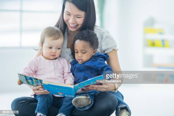 reading time - preschool building stock pictures, royalty-free photos & images