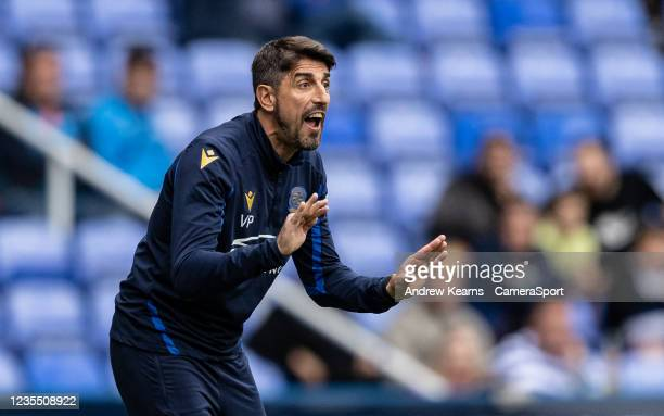 Reading United's manager Veljko Paunovic issues instructions during the Sky Bet Championship match between Reading and Middlesbrough at Madejski...