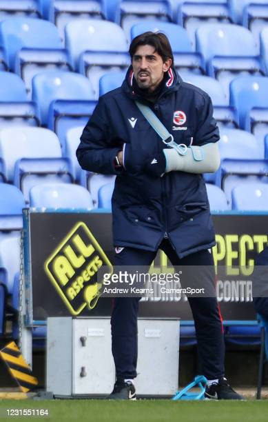 Reading's manager Veljko Paunovic looks on during the Sky Bet Championship match between Reading and Sheffield Wednesday at Madejski Stadium on March...